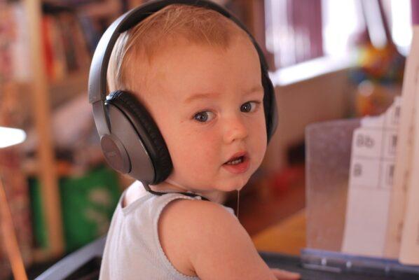 music-1831221_1280