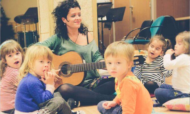Clase música niños