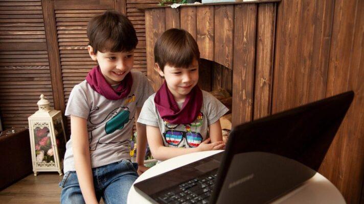 kids-4937845_1280