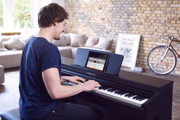 24/10/2018 Flowkey_App_Tablet_Copyright Ben Fuchs. flowkey, una aplicación para dispositivos móviles que ayuda a aprender a tocar el piano adaptando el aprendizaje al nivel y ritmo del usuario, ahora también puede utilizarse completamente en español. POLITICA INVESTIGACIÓN Y TECNOLOGÍA FLOWKEY